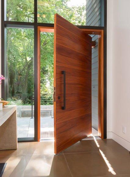 China Made Mahogany Solid Wood Flush Pivot Door Ry Door